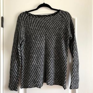 Zara Black and White Knit Sweater